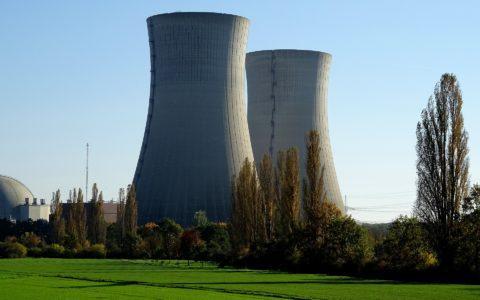 Stilllegungs- und Abbaugenehmigung für ein Kernkraftwerk