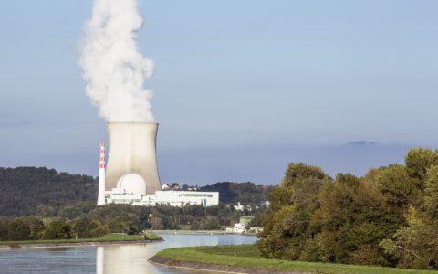 Die befristete Betriebsuntersagung eines Kernkraftwerkes